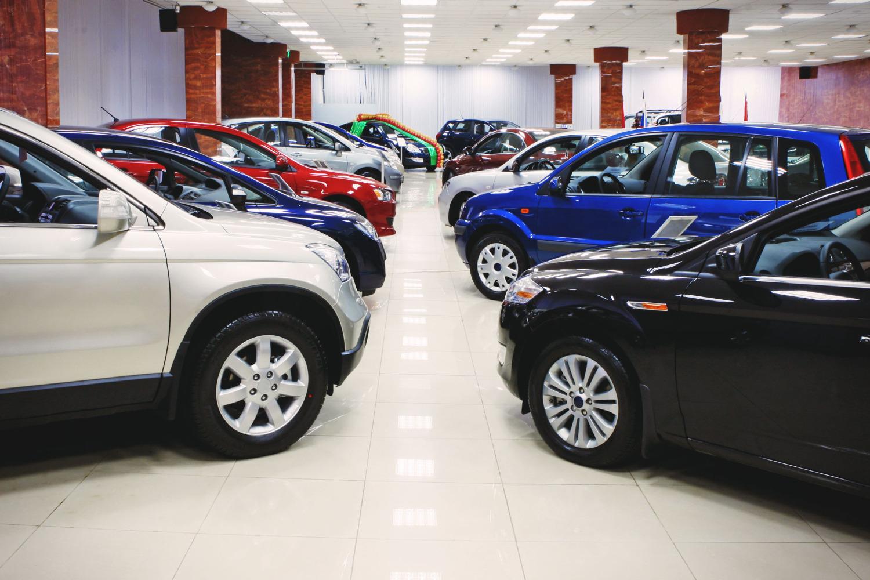 Картинки по запросу Как выбрать автомобиль в салоне?